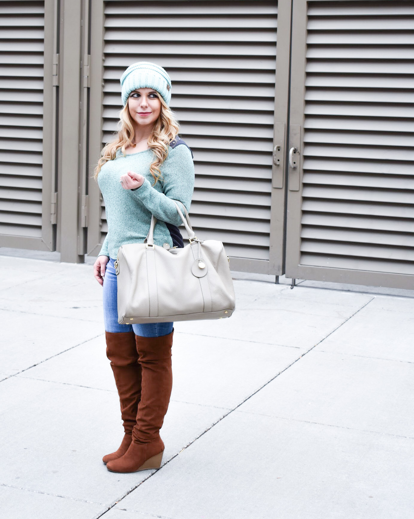 Here are the best tips on how to style a CC beanie for girls! Slouchy d8a5cb3d424