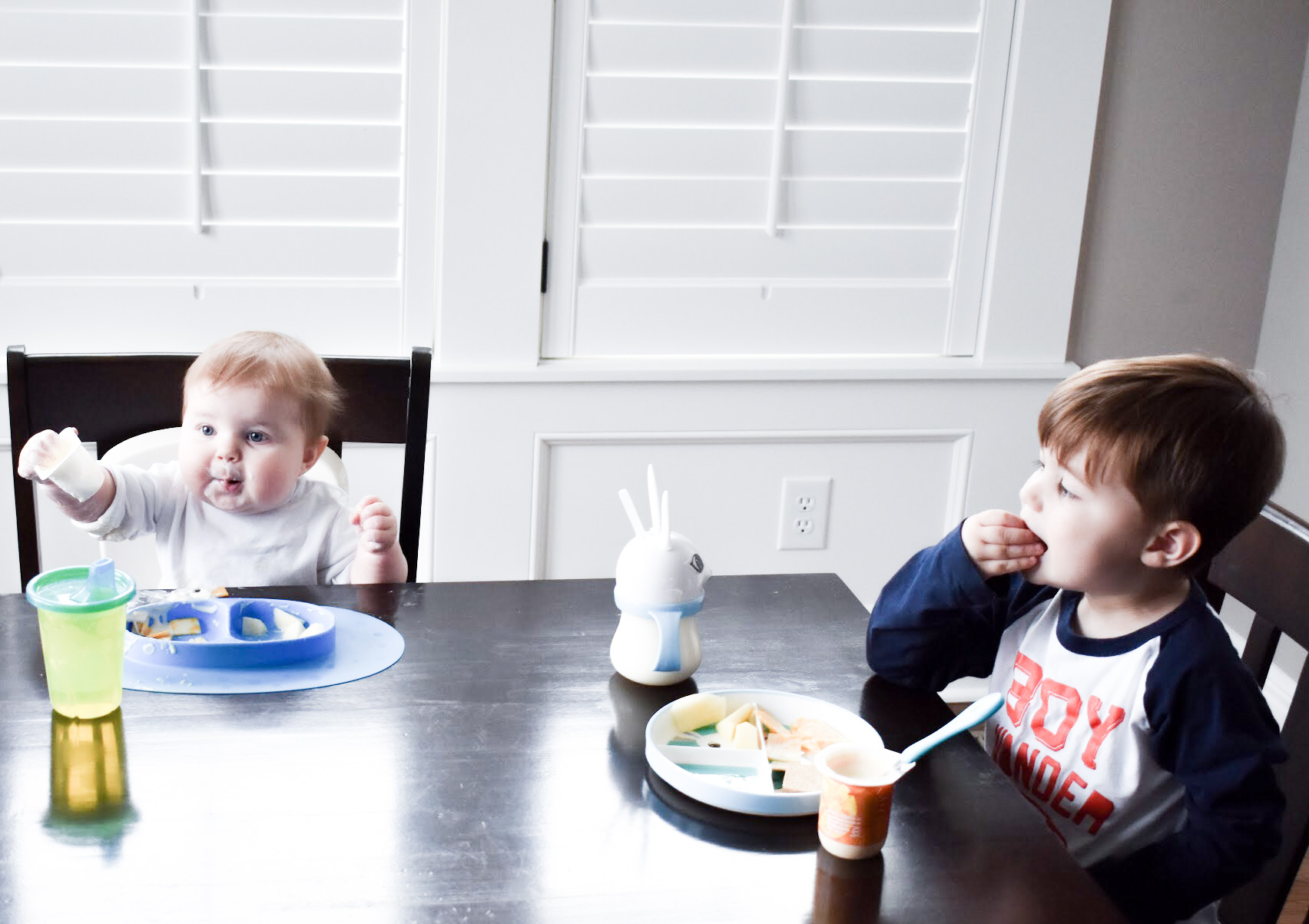 Lunch Ideas for Preschooler and Baby: Getting lunch on the table for a preschooler and baby is just one of the challenges moms face during the day. Toddlers are notoriously picky eaters, so what can you serve that will please everyone? Of course, you want preschooler lunch ideas that don't take too much prep time, because, well, you have a preschooler. Lunch ideas for baby are difficult, too! Here's some examples of typical meals for a preschooler and baby at my house. #ad