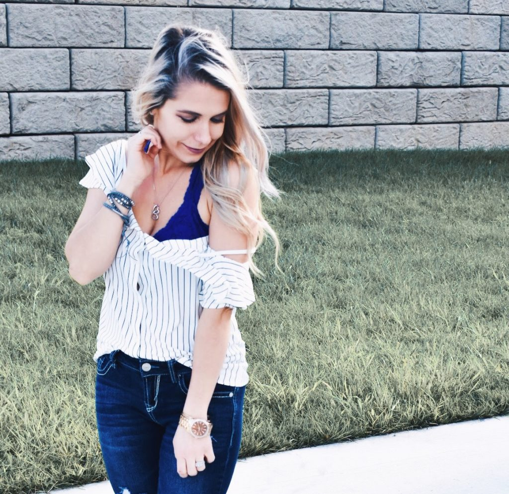 712c76c6ba How to Wear a Bralette in Your 30 s  Wondering how to wear a bralette in
