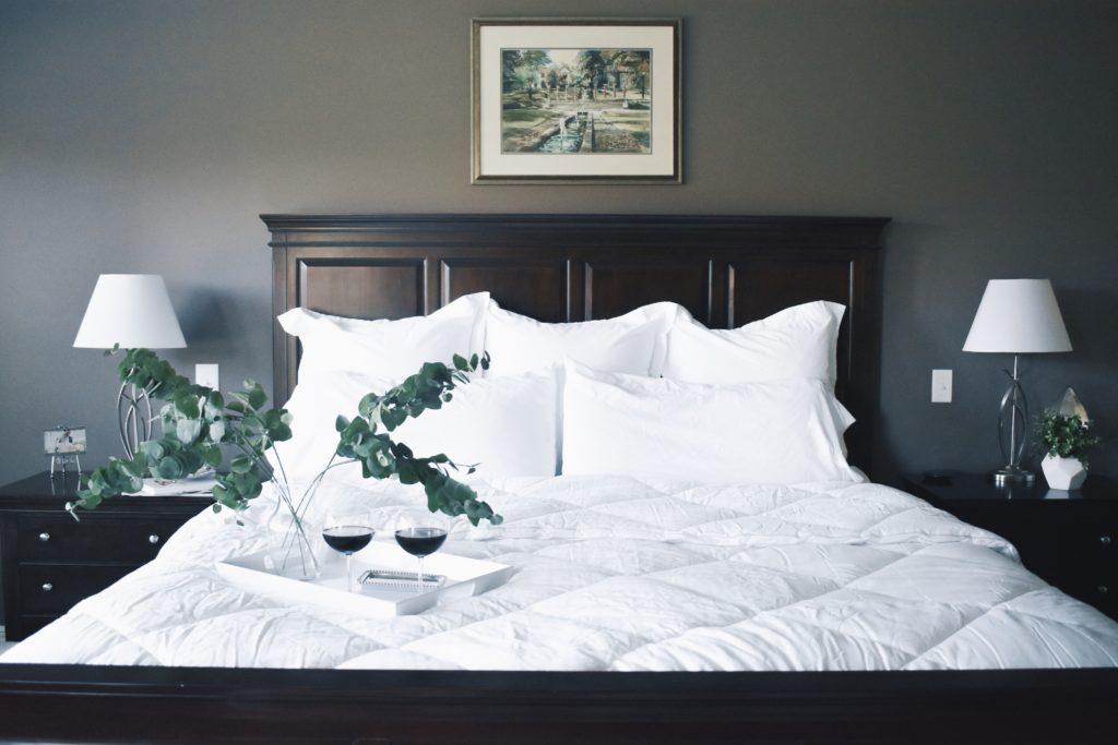 White Bedding Inspo for Master Bedroom - Master Bedroom ...