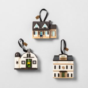 Hearth and Hand Holiday 2018 - Top Picks + Gift Ideas at Target - Here are the must-haves from Hearth and Hand Holiday 2018 collection at Target! The Christmas 2018 Hearth & Hand collection includes gift ideas for everyone on your list, including the popular Toy Doll Farmhouse and the Hearth and Hand Toy Kitchen! Grab your Hearth and Hand holiday 2018 picks now before items sell out! #Target #HearthandHand #Magnolia #GiftIdeas