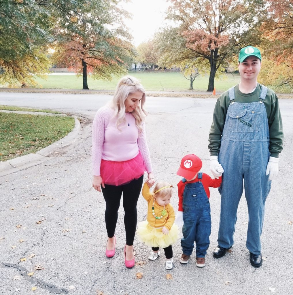 Halloween Costume Ideas For Family Of 3.Super Mario Halloween Costumes Family Covet By Tricia