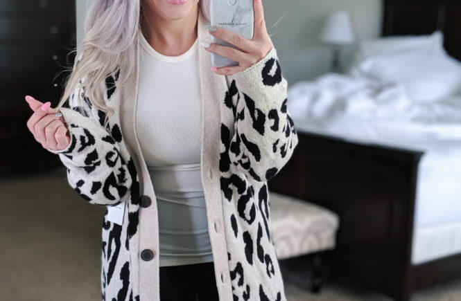 Nordstrom Anniversary Sale Public Access 2019 - NSALE Public Access 2019 Try On Haul. Petite fashion blogger Tricia Nibarger of COVET by tricia showcases top Nordstrom Anniversary Sale blogger picks. #NSALE #Nordstrom #LikeTKit