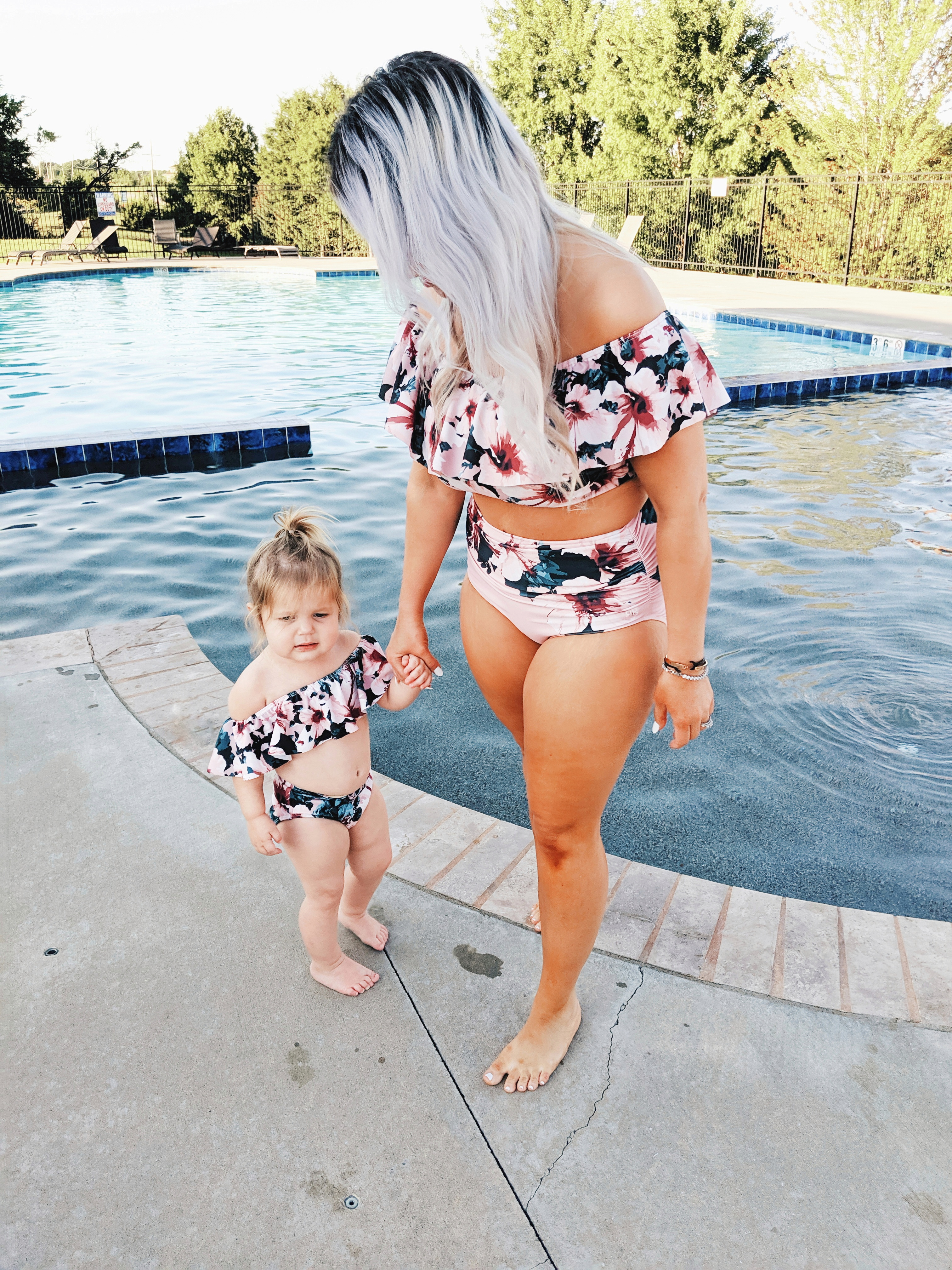 Loved this mama's honest Albion Fit swimsuit reviews! If you're debating if Albion Fit swimsuits are worth it, read this review of cute mommy and me swimsuits from Albion Fit! #mommyandme #twinning #girlmom