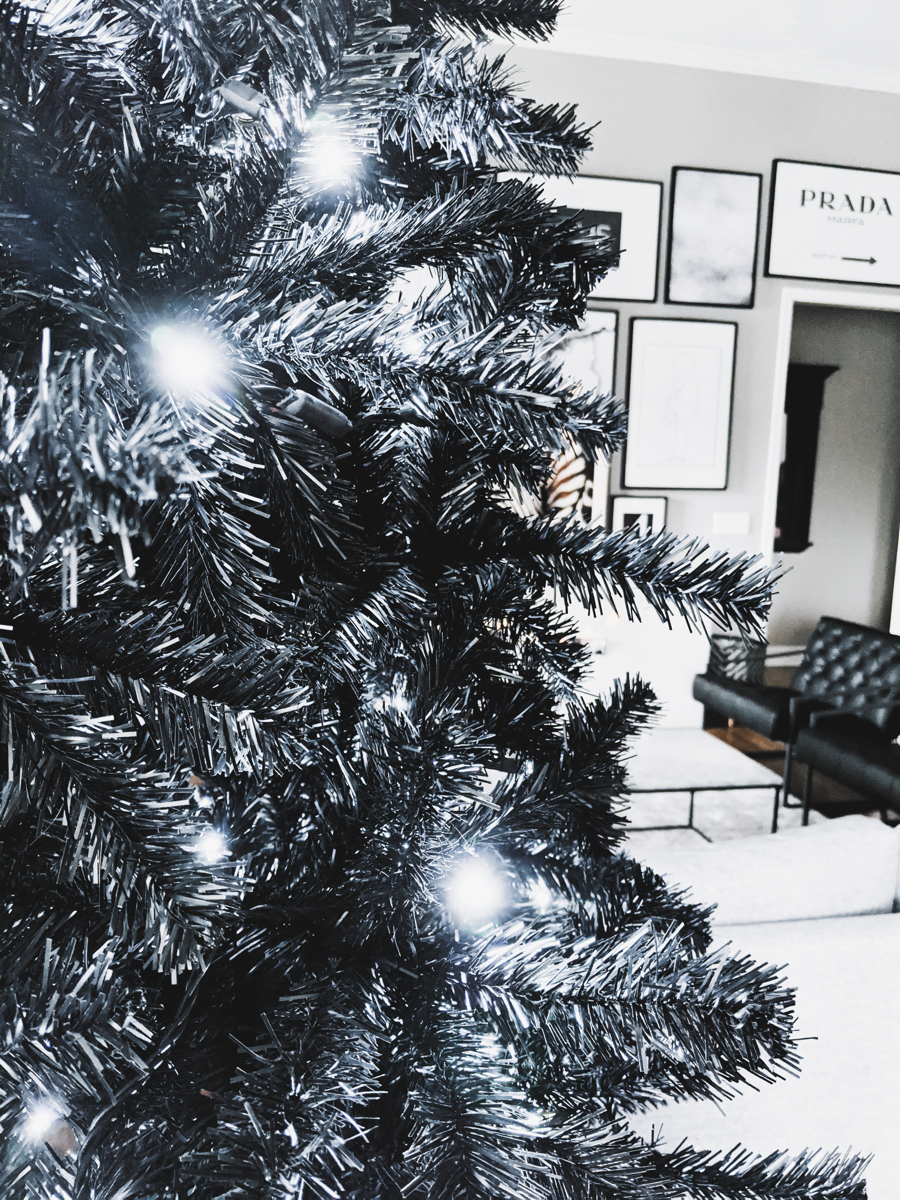 Black Christmas Tree - Modern Christmas Decor: A black Christmas tree is sophisticated, stylish, and unexpected. See how to decorate a black Christmas tree for modern Christmas decor! (Sponsored by Wayfair). #modernhome #christmasdecor #christmastree