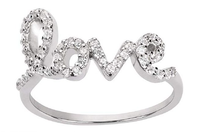 The Best Diamond Love Ring Dupes - Rounding up the best diamond love ring dupes! Love the Avanessi diamond love ring? I've found some great affordable love rings for you to choose from! #love #lovering #designerdupes #dupe