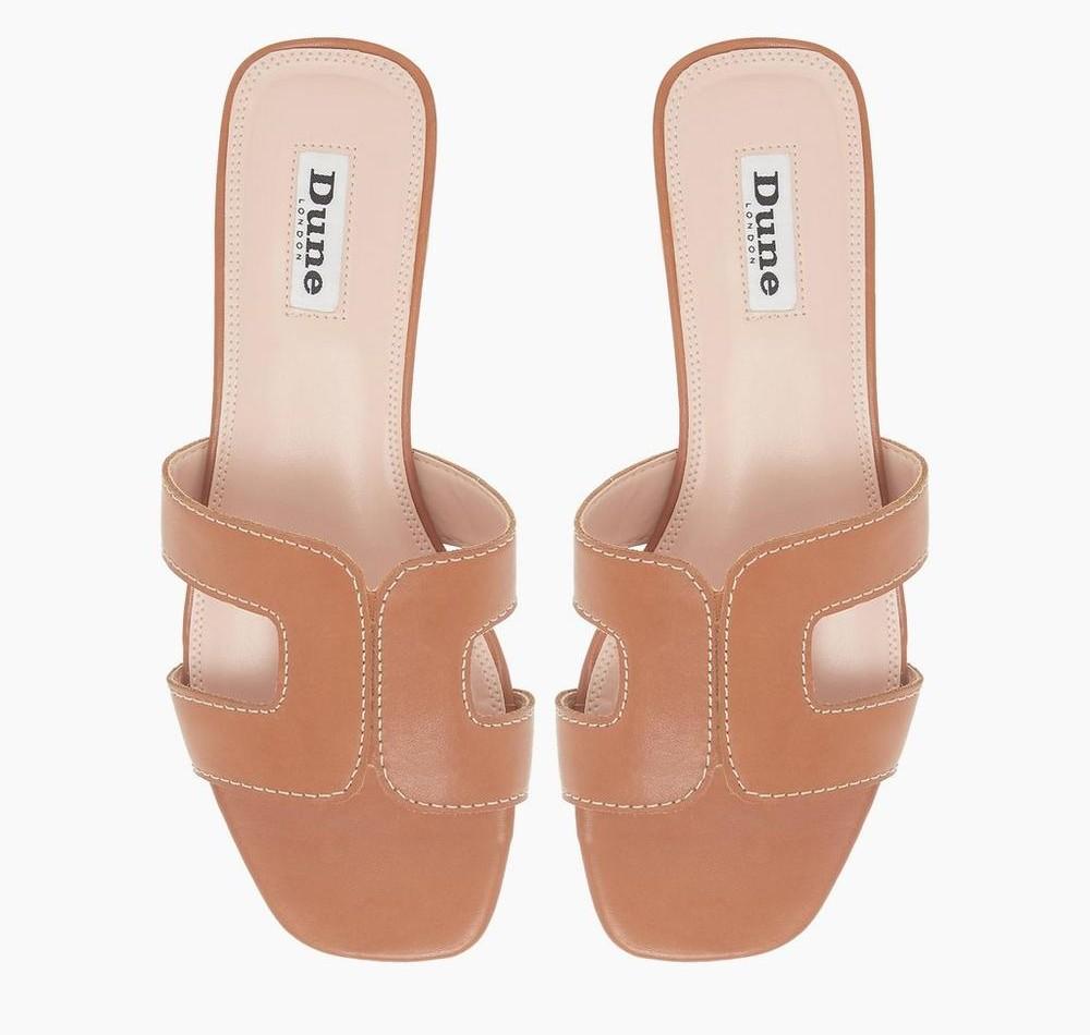 Best Hermes Sandals Dupes - Hermes Oran Dupes - Hermes Sandal Dupes: We scoured the Internet for the best Hermes sandal dupes and rounded up 10+ options for this in-depth post! #designerdupes #designerdupe #hermesdupes