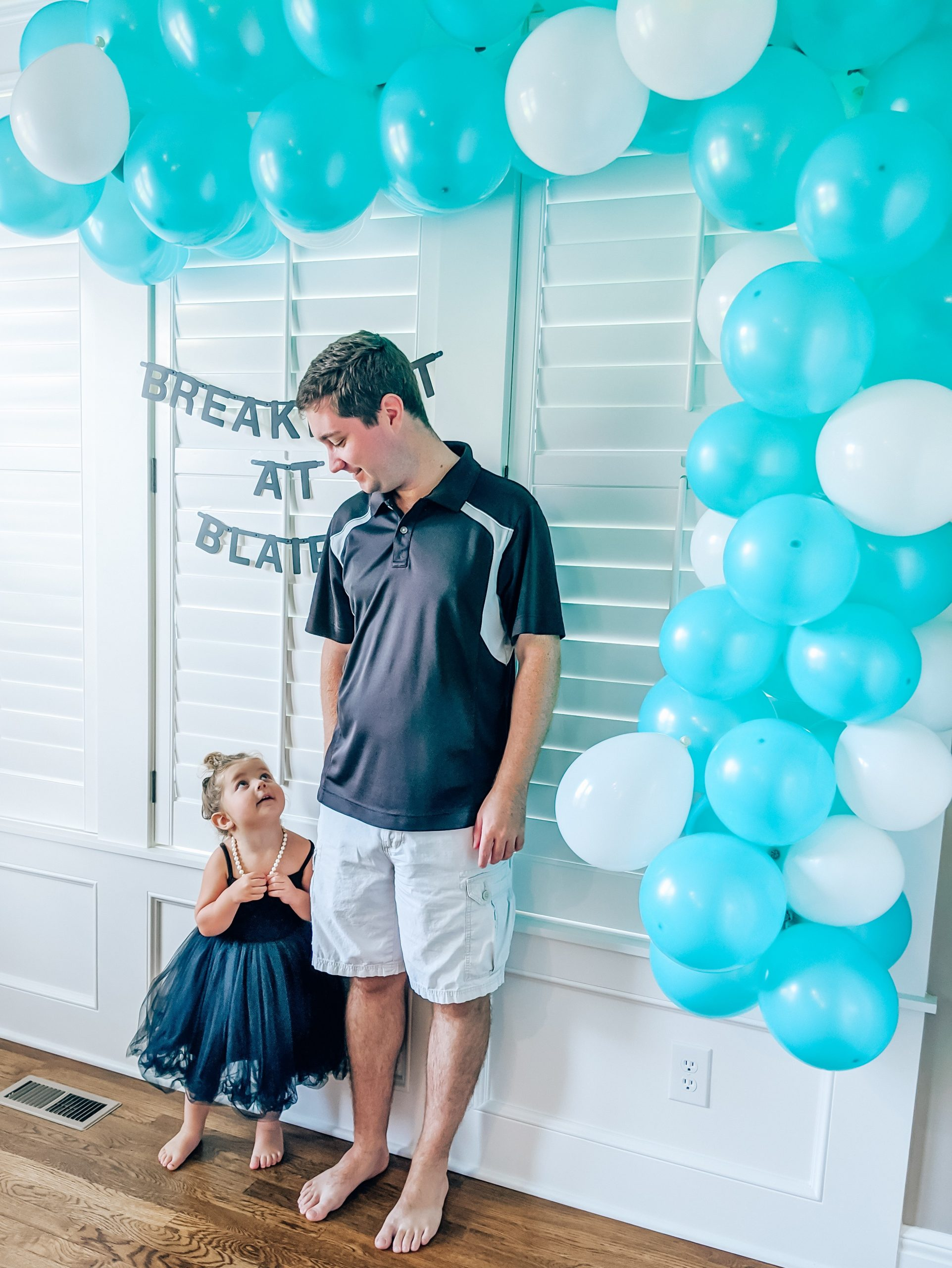 Breakfast at Tiffanys Party - Breakfast at Tiffanys Birthday Party - Audrey Hepburn Party - Girl Birthday Party Ideas - Third Birthday Party #breakfastattiffanys #audreyhepburn #partyideas #birthdayparty