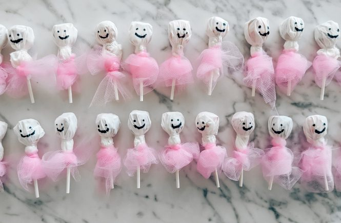Dance Class Halloween Treats - Halloween Treats for Dance Class - Dancers Halloween Candy - Lollipop Ghost Ballerinas - Ballerina Lollipops - Candy for Dance Class - Dance Class Treats #dance #ballet #ballerina #halloween